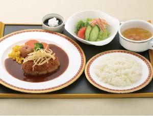 シェフいちおし米沢牛入りメンチ焼きカツ