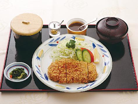 米澤豚一番育ちロースカツ膳